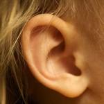 耳垢が多い原因のは病気?難聴を防ぐ正しい耳掃除のやり方!