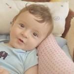 赤ちゃんの耳垢がベトベトで臭い原因は!耳かきの方法!