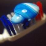 歯磨きで血が出る症状は歯周病のサイン!原因は歯垢の歯肉炎!