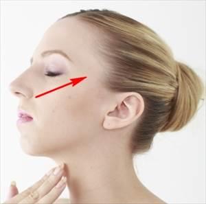 rinme1 1 朝寝起きの顔のむくみを解消する簡単なマッサージ方法はコレ!
